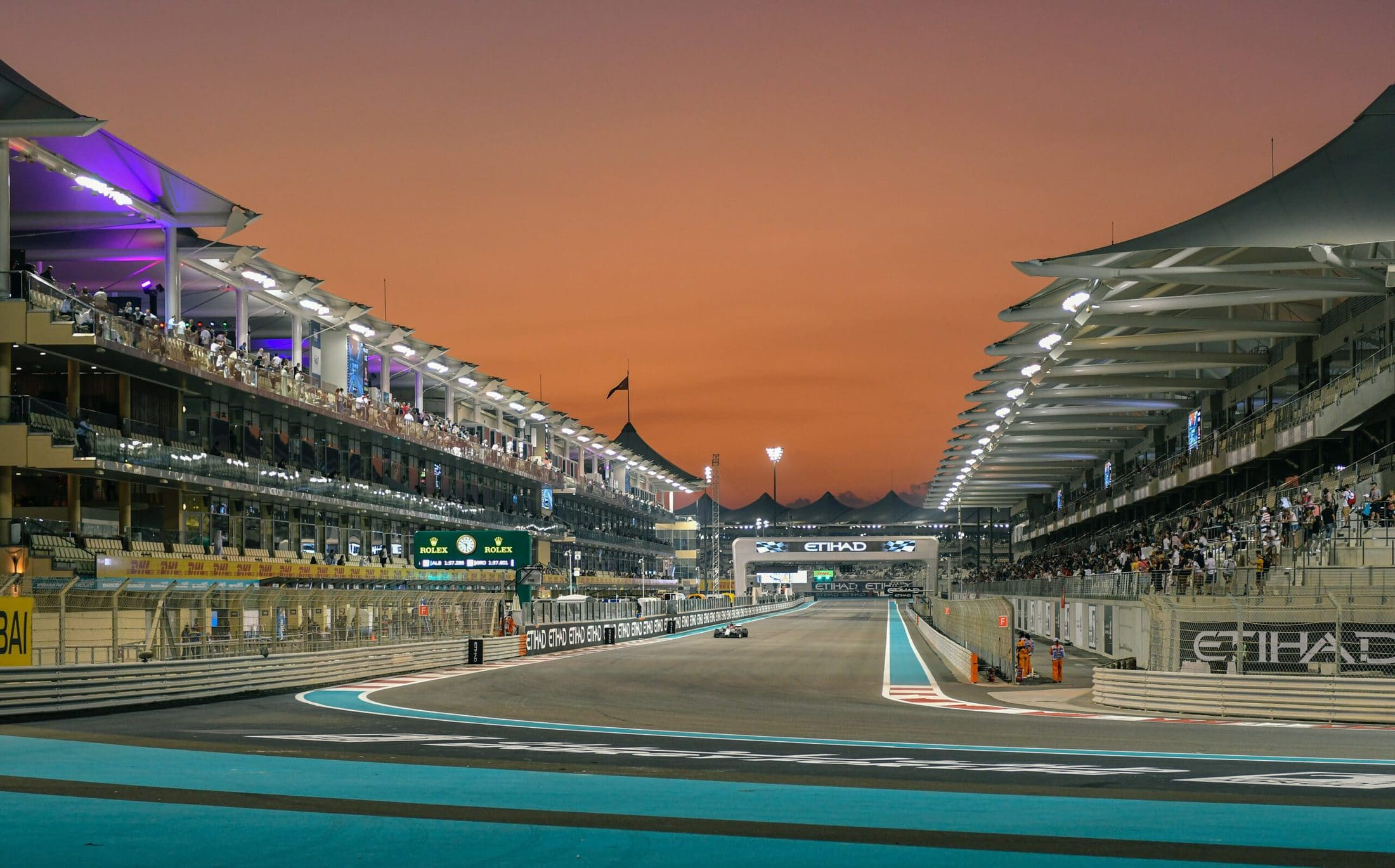 Abu Dhabi Grand Prix 2021 – 4-star Hotel Dubai – Yas Marina Circuit